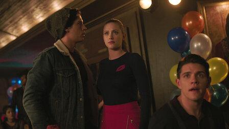 觀賞第 45 章:陌生人。第 3 季第 10 集。